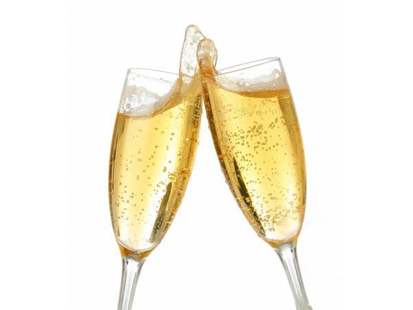 Bottiglie-di-champagne-e-bollicine-a-domicilio-formigine