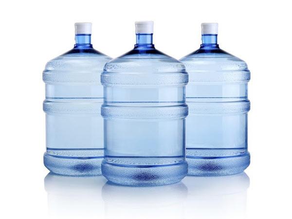 Fornitura-di-boccioni-d-acqua-per-distributore-da-ufficio-reggio-emilia-sassuolo
