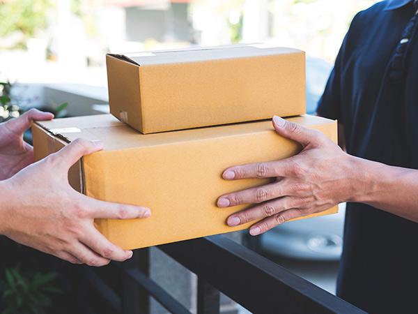 Servizio-di-consegna-a-domicilio-per-privati-reggio-emilia